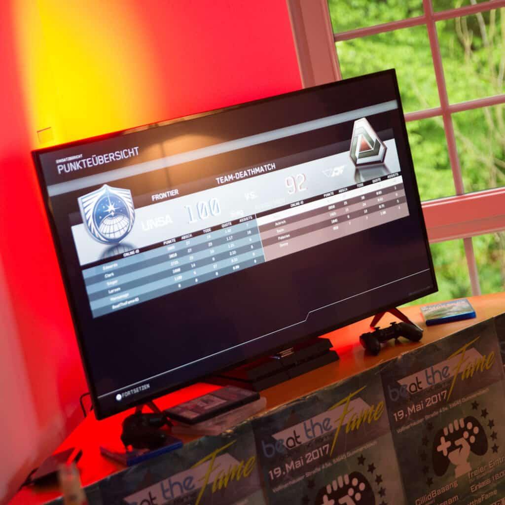 beat-the-fame-netzwerk-livestream-gaming-event-bildschirme-6